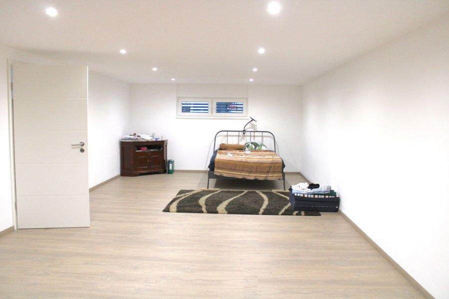 Maison jumelée à vendre 4 chambres à Bissen