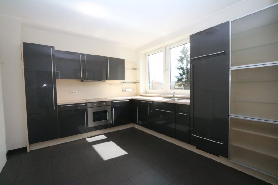 apartment for rent 2 bedrooms 84 m² strassen photo 7
