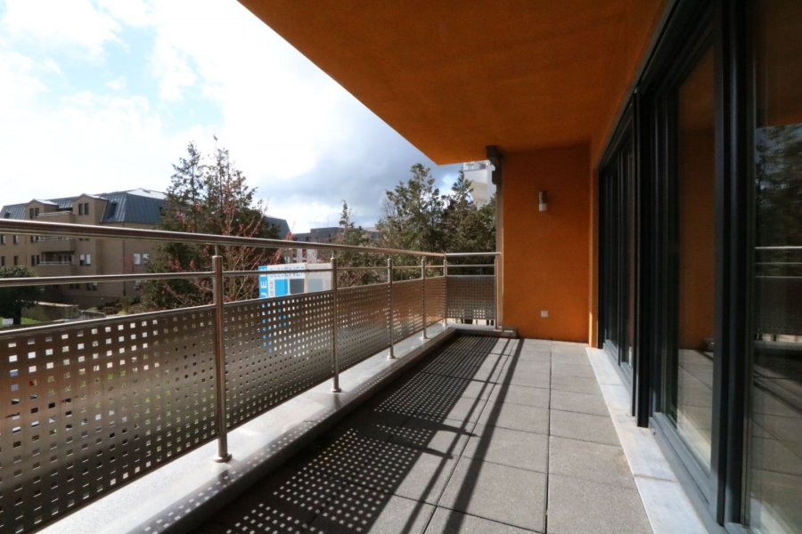 apartment for rent 2 bedrooms 84 m² strassen photo 4