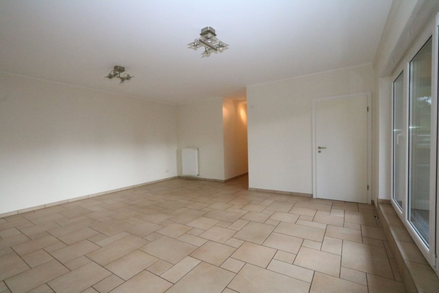 apartment for rent 2 bedrooms 84 m² strassen photo 6