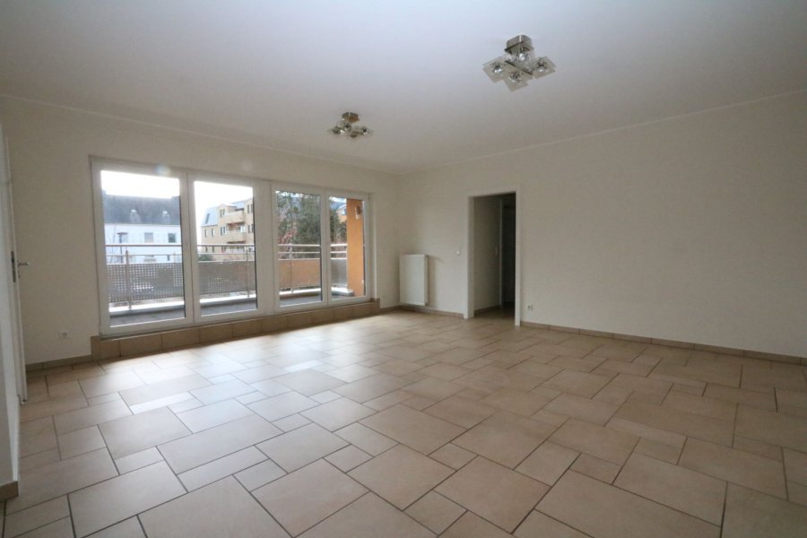 apartment for rent 2 bedrooms 84 m² strassen photo 2
