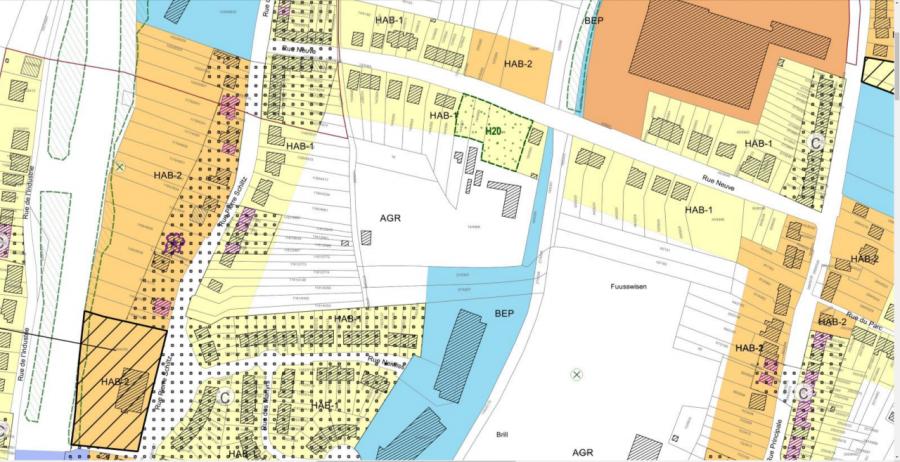 Terrain constructible à vendre à Tetange