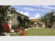 Maison à vendre F8 à Doué-la-Fontaine - Réf. 5131994