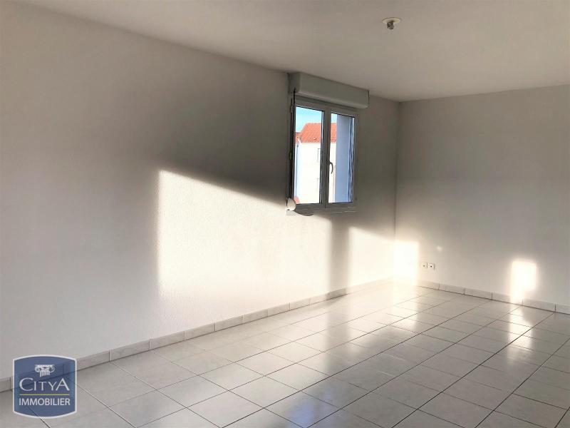 louer appartement 2 pièces 47 m² écrouves photo 2