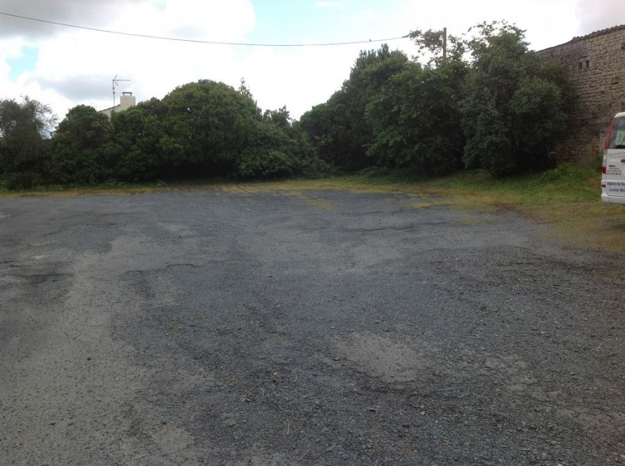 acheter terrain constructible 0 pièce 610 m² fontenay-le-comte photo 1
