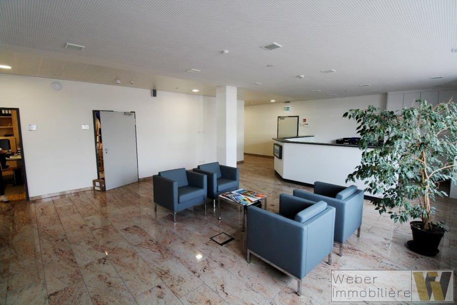 büro mieten 0 schlafzimmer 389 m² wecker foto 1