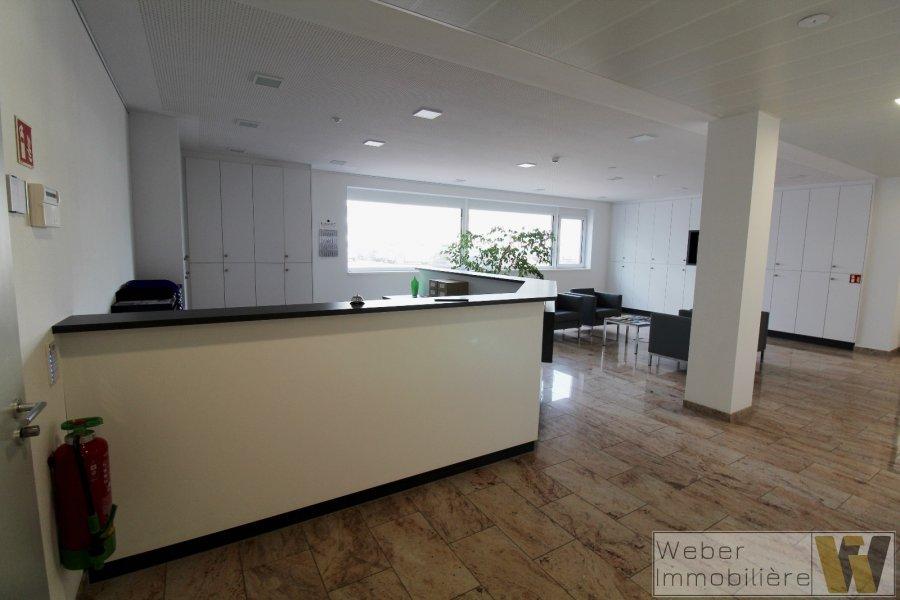 büro mieten 0 schlafzimmer 389 m² wecker foto 3
