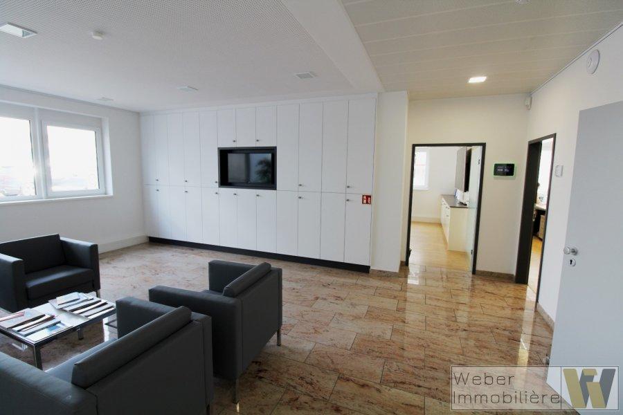 büro mieten 0 schlafzimmer 389 m² wecker foto 4