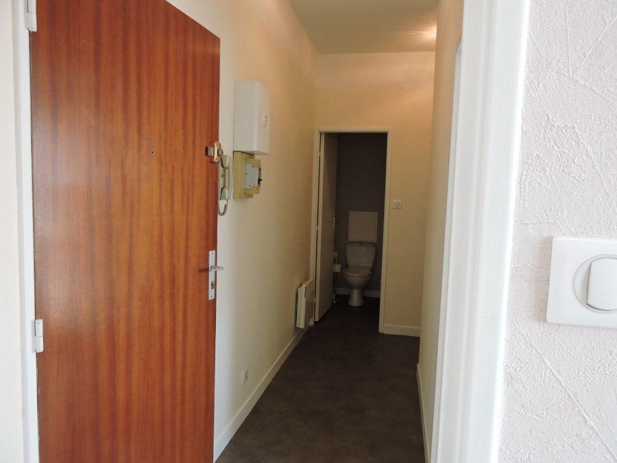 louer appartement 1 pièce 30.35 m² saint-dié-des-vosges photo 1