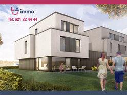House for sale 5 bedrooms in Bertrange - Ref. 7072267