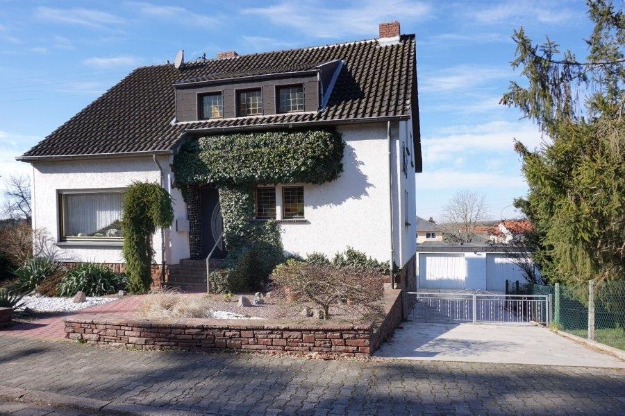 einfamilienhaus kaufen 0 zimmer 147 m² perl foto 1