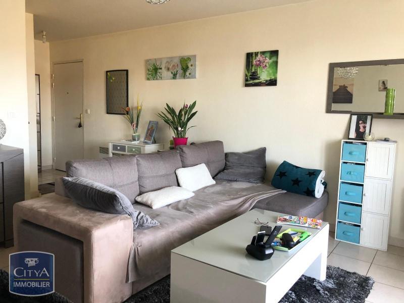 louer appartement 2 pièces 49 m² nogent photo 1