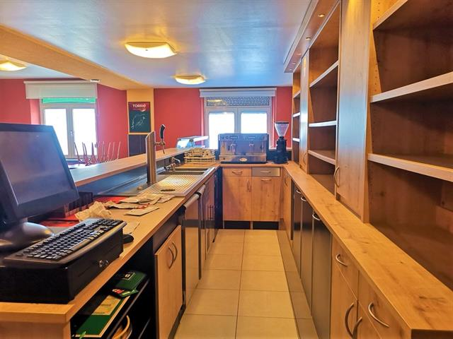 louer restaurant 0 pièce 250 m² arlon photo 2