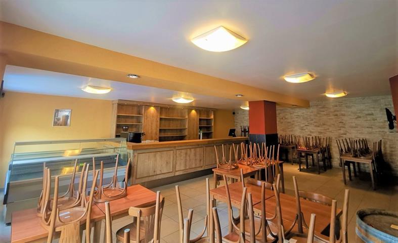 louer restaurant 0 pièce 250 m² arlon photo 4