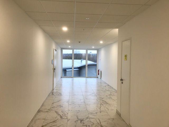 louer bureau 0 chambre 47 m² steinfort photo 7