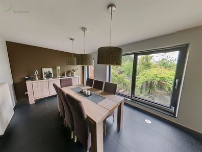 House for sale 5 bedrooms in Strassen - Ref. 6739771