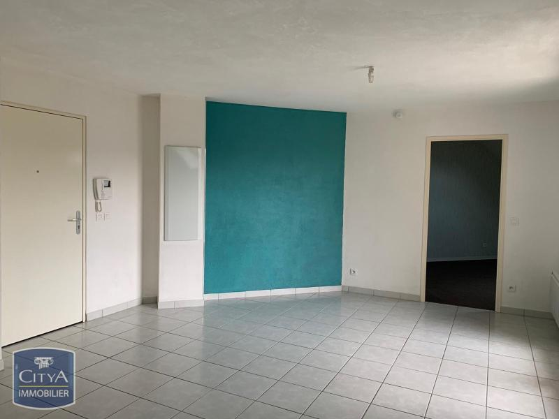 louer appartement 2 pièces 47 m² stiring-wendel photo 1