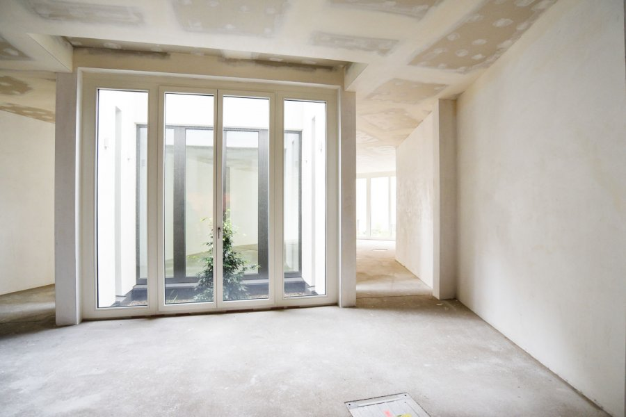 louer local commercial 0 chambre 160 m² luxembourg photo 2
