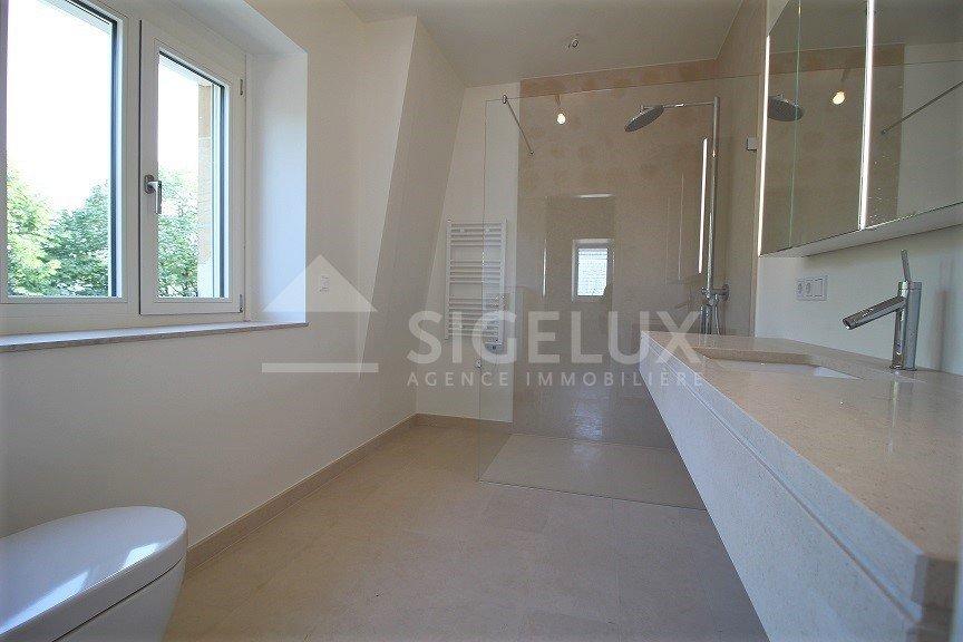 Duplex à louer 2 chambres à Luxembourg-Limpertsberg