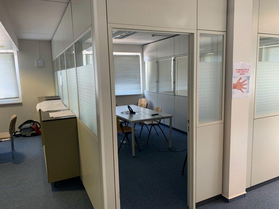 louer bureau 0 chambre 280 m² steinsel photo 5