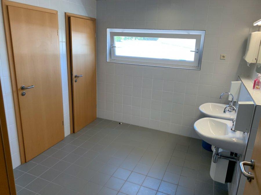 louer bureau 0 chambre 280 m² steinsel photo 6