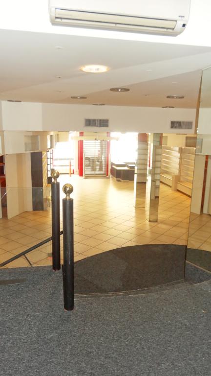 louer entrepôt 0 pièce 150 m² saint-avold photo 4