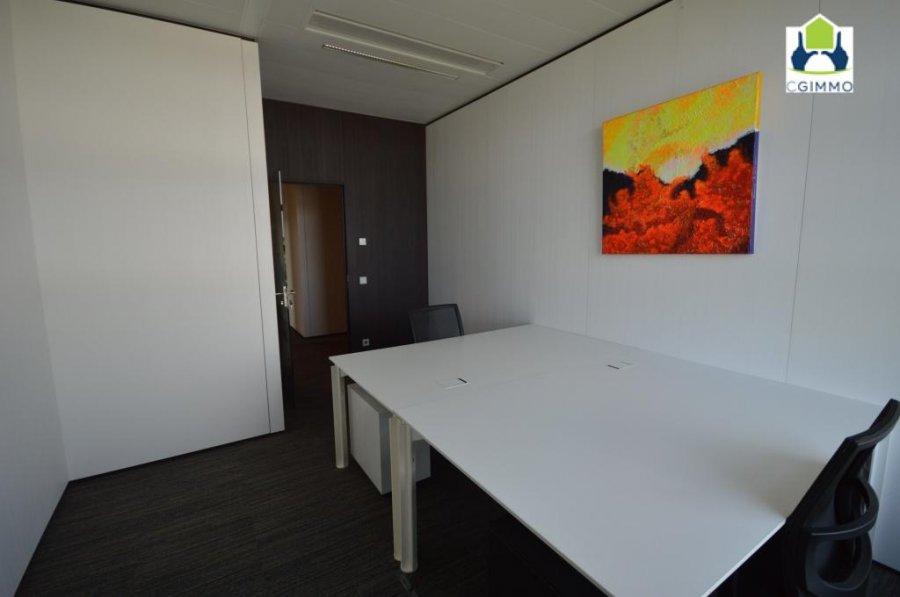 louer bureau 0 chambre 27.09 m² leudelange photo 2