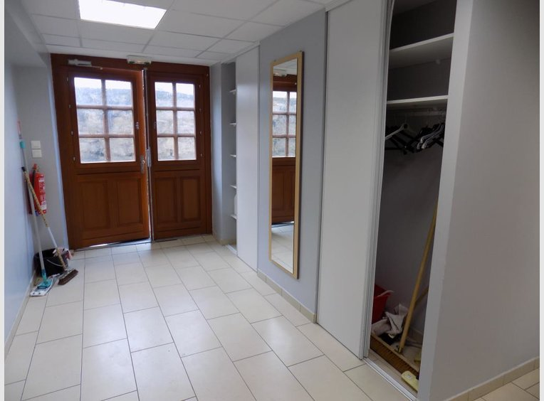 Vente appartement f2 pinal vosges r f 5220203 for Appartement atypique epinal