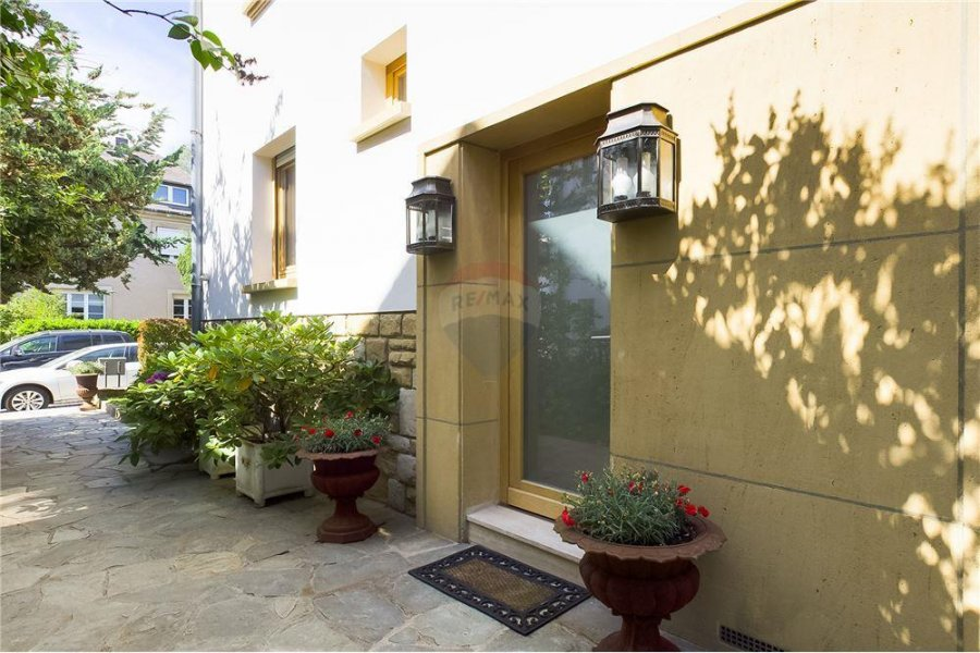 Maison à vendre 2 chambres à Luxembourg-Limpertsberg