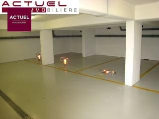 louer garage-parking 0 chambre 0 m² rodange photo 1