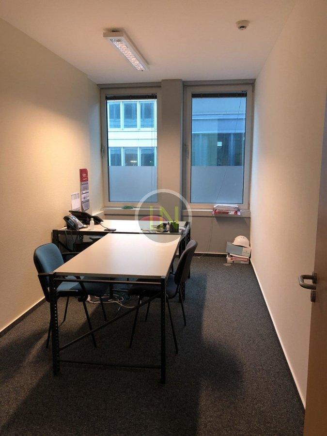 louer bureau 0 chambre 860 m² windhof photo 5