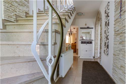 doppelhaushälfte kaufen 0 zimmer 280 m² trier foto 2