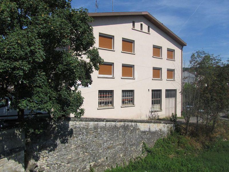 acheter immeuble de rapport 4 pièces 346 m² mattaincourt photo 1