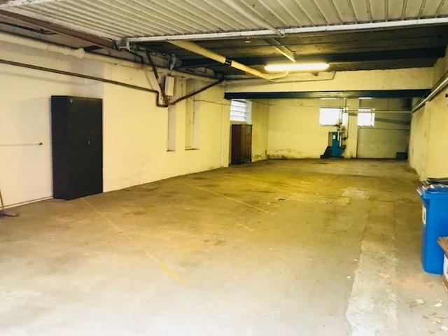 louer entrepôt 0 chambre 130 m² esch-sur-alzette photo 1