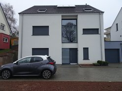 House for rent 4 bedrooms in Sandweiler - Ref. 7060363