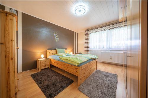 haus kaufen 4 zimmer 79 m² malberg foto 5