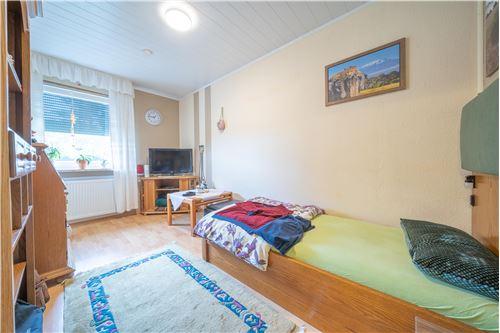 haus kaufen 4 zimmer 79 m² malberg foto 6