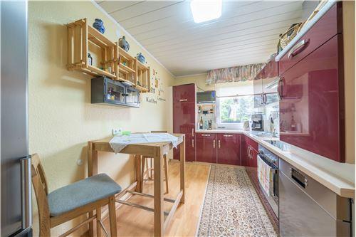 haus kaufen 4 zimmer 79 m² malberg foto 2