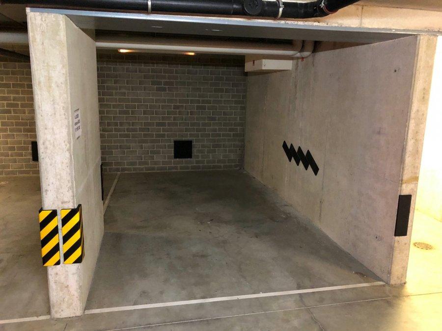 Garage fermé à louer à Strassen