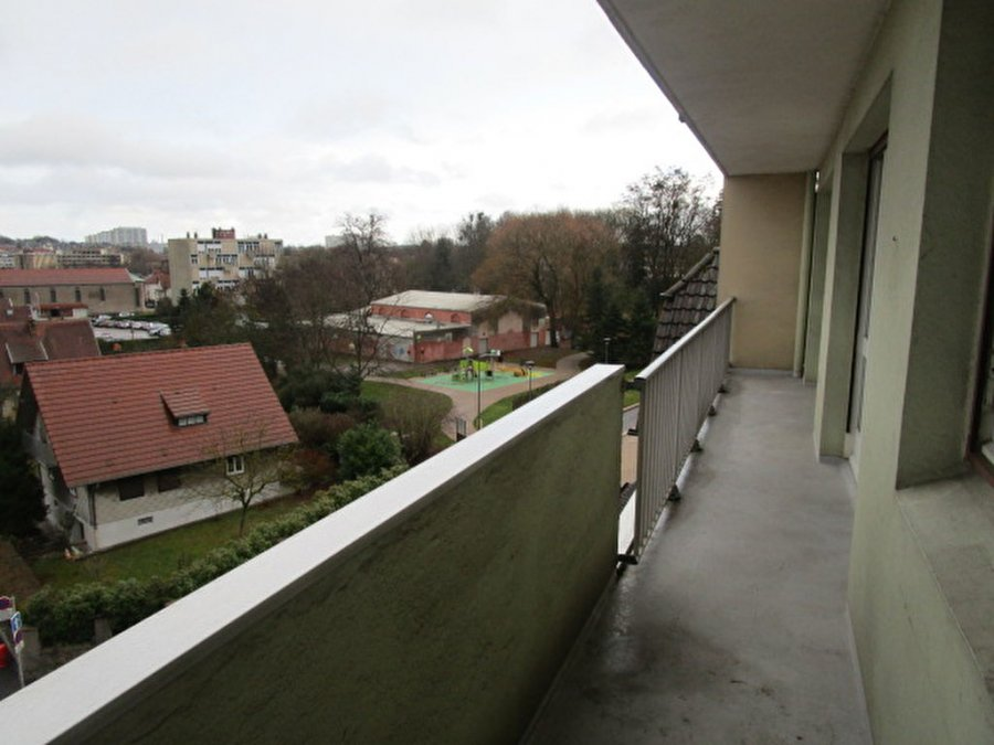 louer appartement 4 pièces 80.11 m² metz photo 4