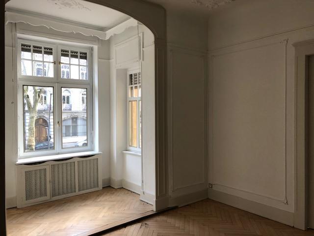louer bureau 7 pièces 195.8 m² metz photo 4