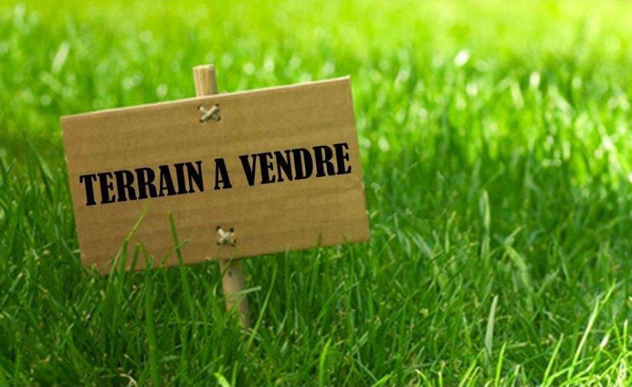 Terrain constructible à vendre à Mondorff