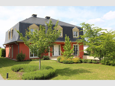 Villa for sale 5 bedrooms in Dudelange - Ref. 6784683