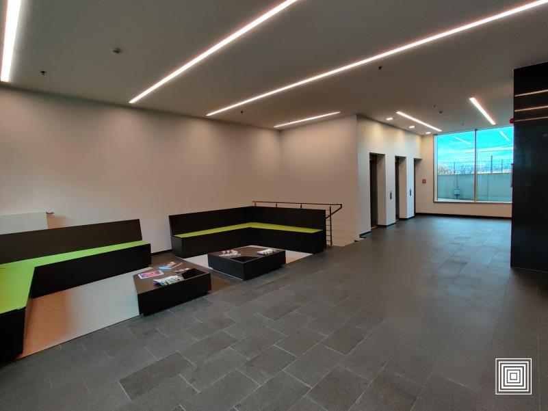 louer bureau 1 chambre 30 m² leudelange photo 3