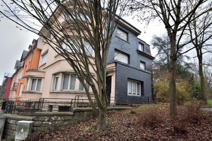 Maison de maître à vendre 6 chambres à Rodange
