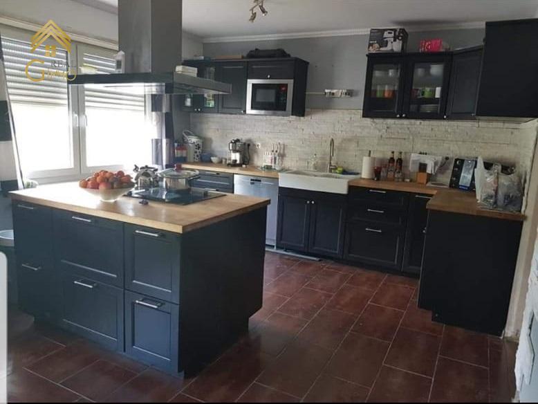 Maison mitoyenne à vendre 4 chambres à Rosport