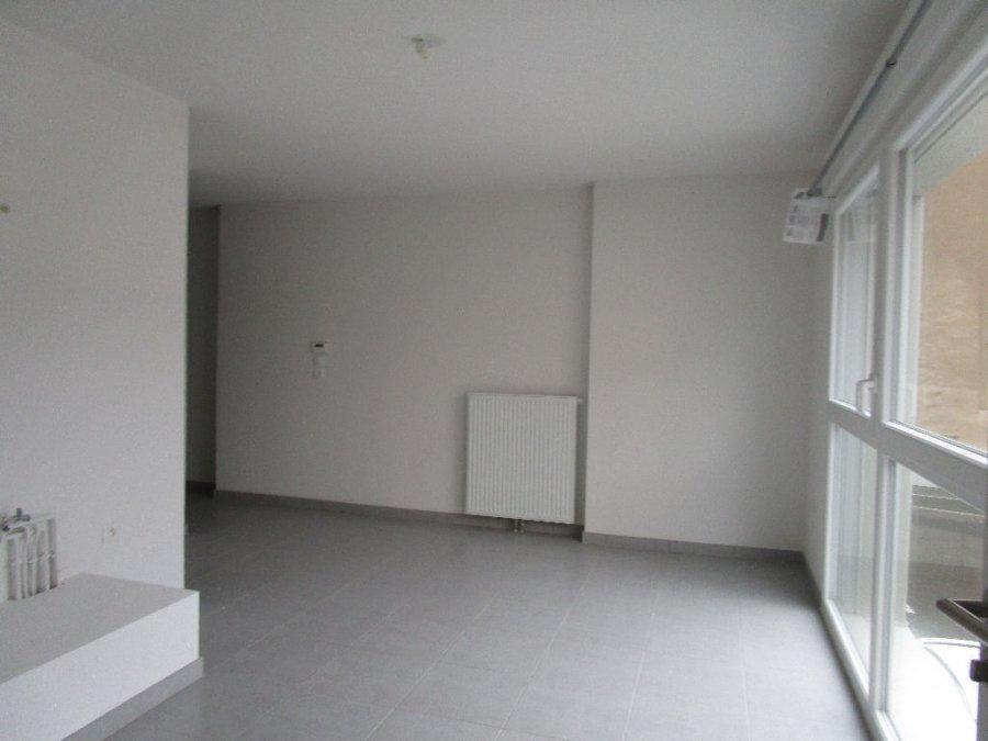 louer appartement 1 pièce 25.92 m² metz photo 2
