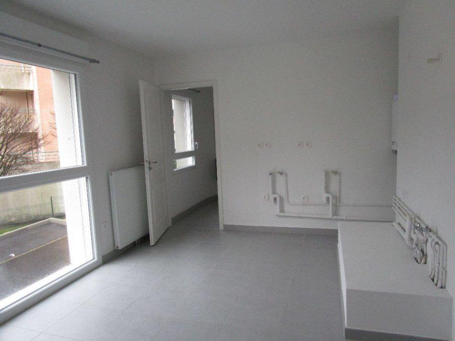 louer appartement 1 pièce 25.92 m² metz photo 5