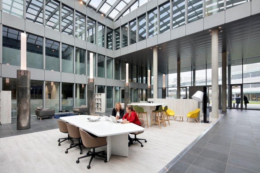 louer bureau 0 chambre 50 m² bertrange photo 2