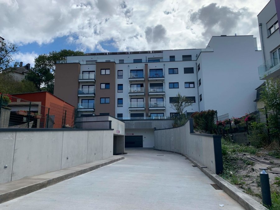 louer garage-parking 0 chambre 0 m² luxembourg photo 3